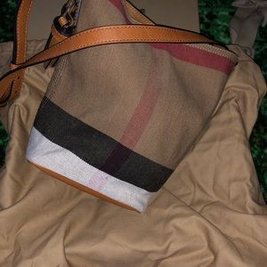 Burberry Mini Ashby Bucket Bag Brand New